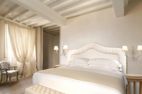 Detail of a Classic Room - Monastero di Cortona Hotel & Spa - Hotel Cortona Tuscany